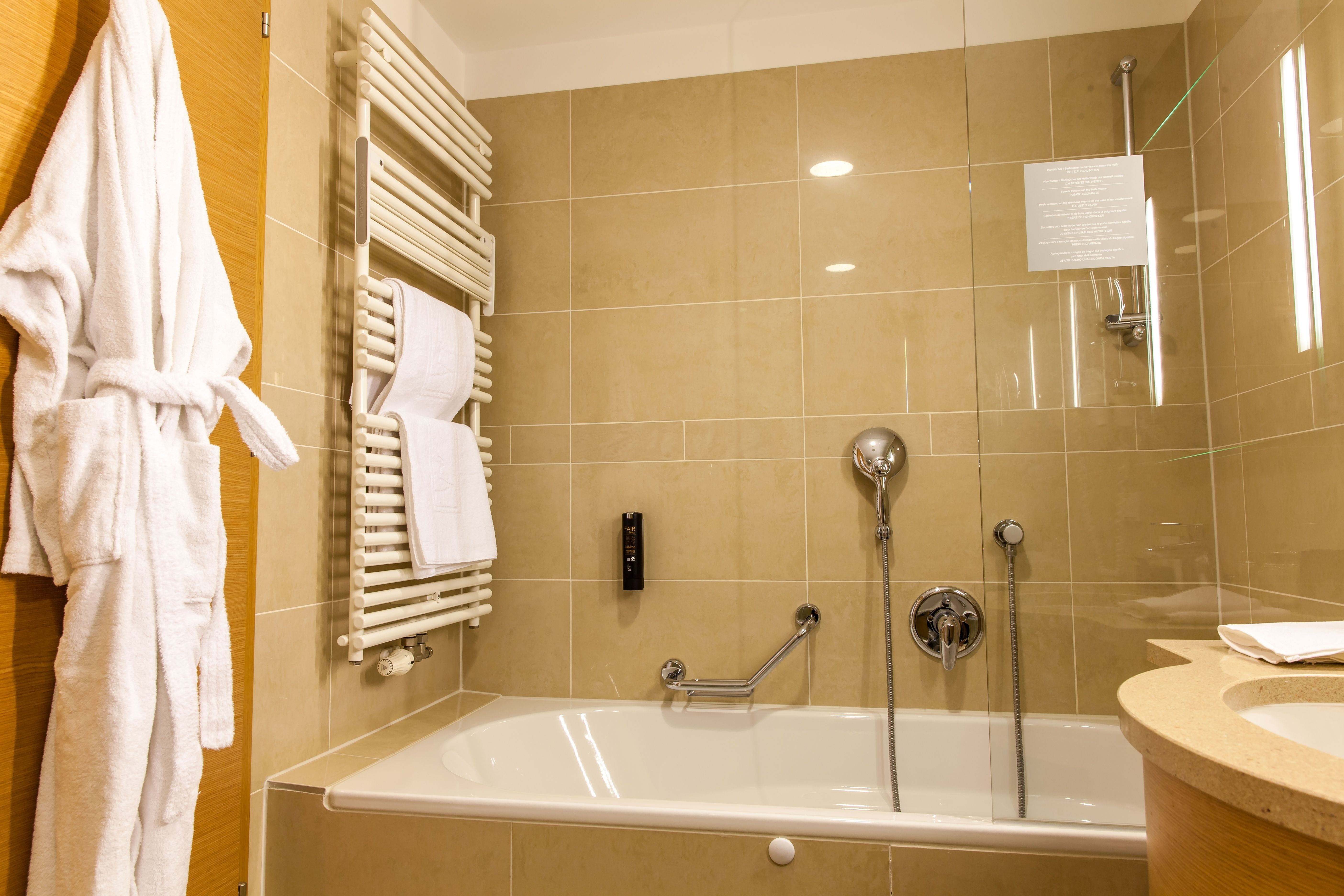 Vasca Da Bagno Per Hotel : Hotel am stephansplatz mk salzburg pr agentur für tourismus