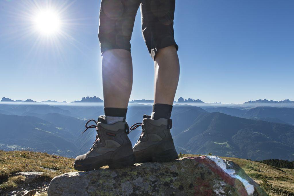 Ausblick auf die südlichen Eisacktaler Dolomiten ©Helmuth Rier (Tourismusverein Klausen, Barbian, Feldthurns und Villanders)