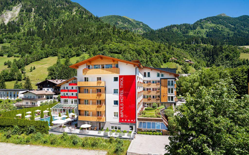 Außenansicht des IMPULS HOTEL TIROL (c) Foto Atelier Wolkersdorfer (IMPULS HOTEL TIROL)