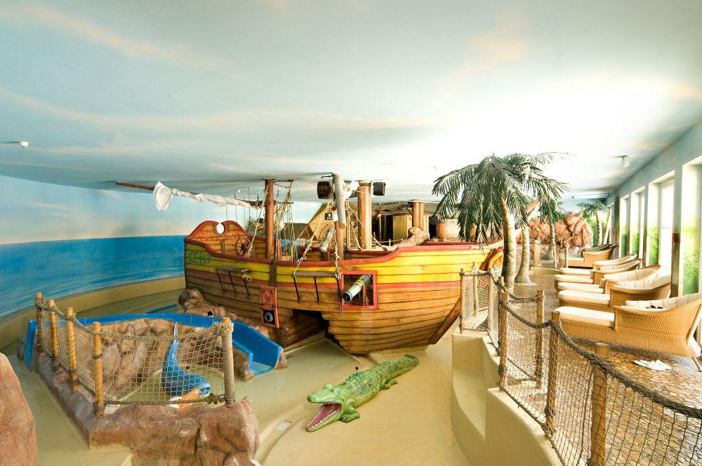 Badelandschaft Piratenland (Leading Family Hotel & Resort Alpenrose)