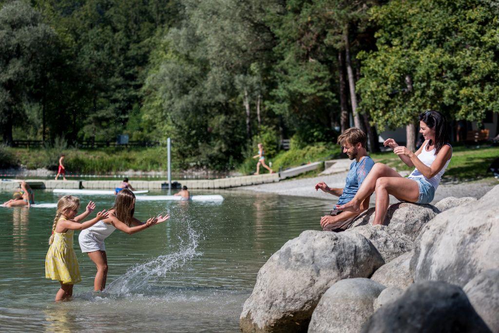 Badespaß am See Weißlahn © ichmachefotos.com (TVB Silberregion Karwendel)