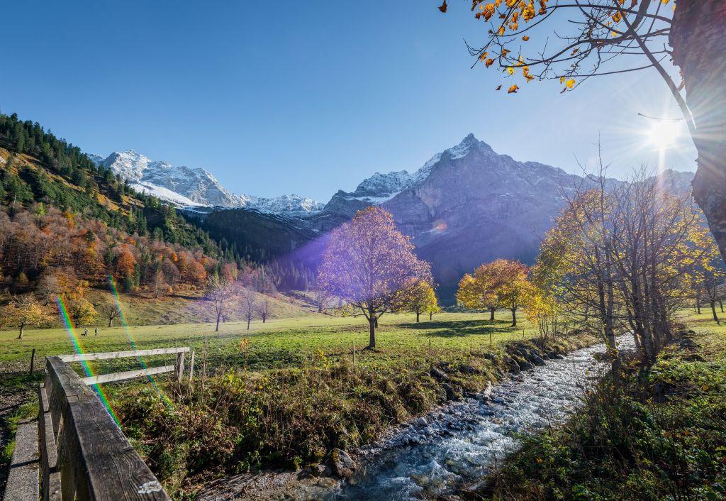 Bunte Blättervielfalt am Großen Ahornboden (c) Angélica Morales (TVB Silberregion Karwendel)