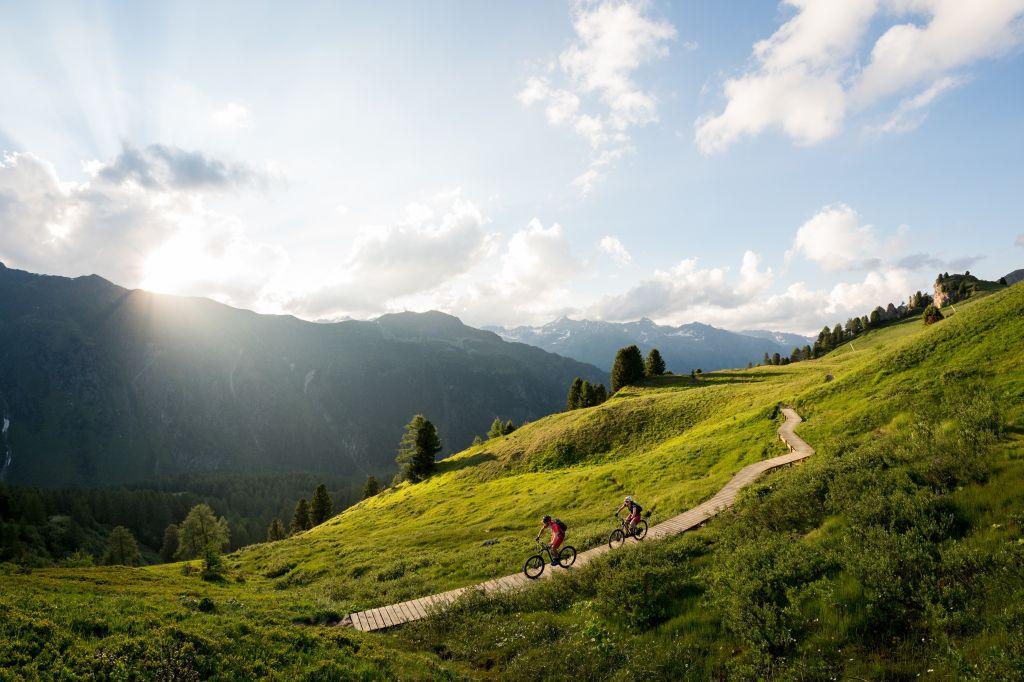 E-Biken in der Silvretta Bergwelt  (Gourmet & Relax Resort Trofana Royal SUPERIOR)