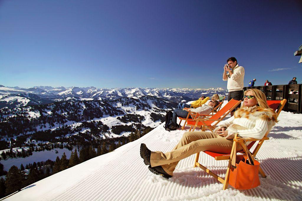 Entspannung mit Panorama Ausblick  (c) Oberstaufen Tourismus Marketing (Hotel Concordia)