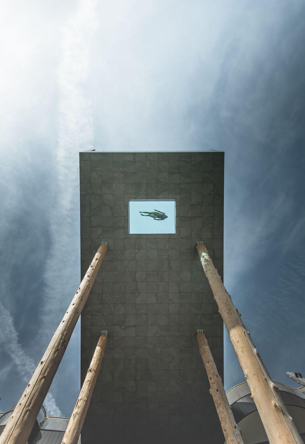 Fasziniert aus jeder Perspektive - Der Skypool (Alpin Panorama Hotel Hubertus)