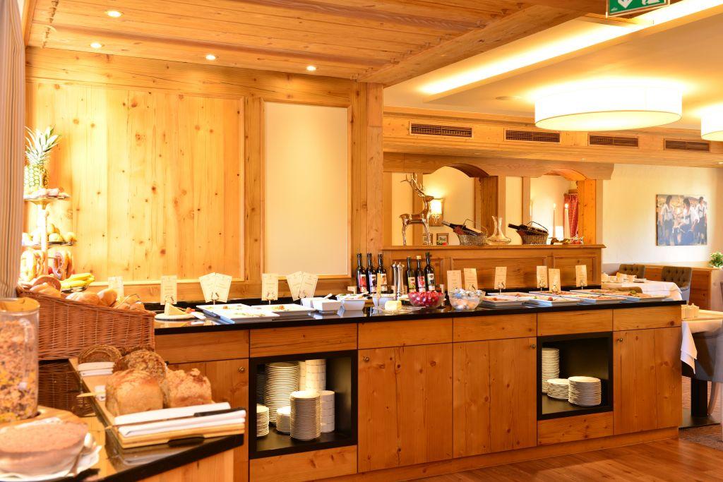 Frühstücksbuffet im Hotel (c) Sascha Duffn (Hotel Jagdhof)