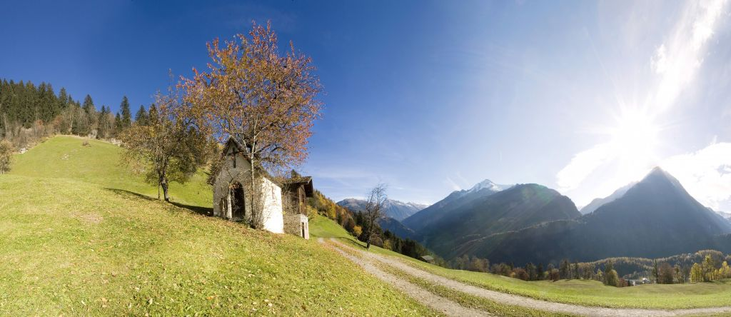 Herbstpanorama im Urlaubsgebiet Tux Finkenberg
