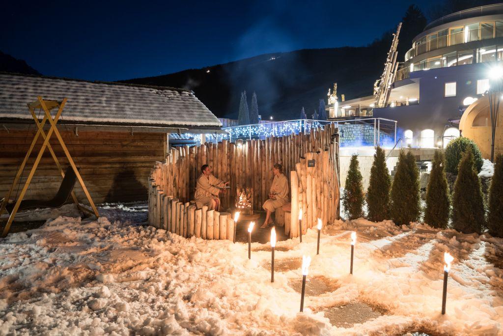 Idyllische Feuerstelle (Alpin Panorama Hotel Hubertus)