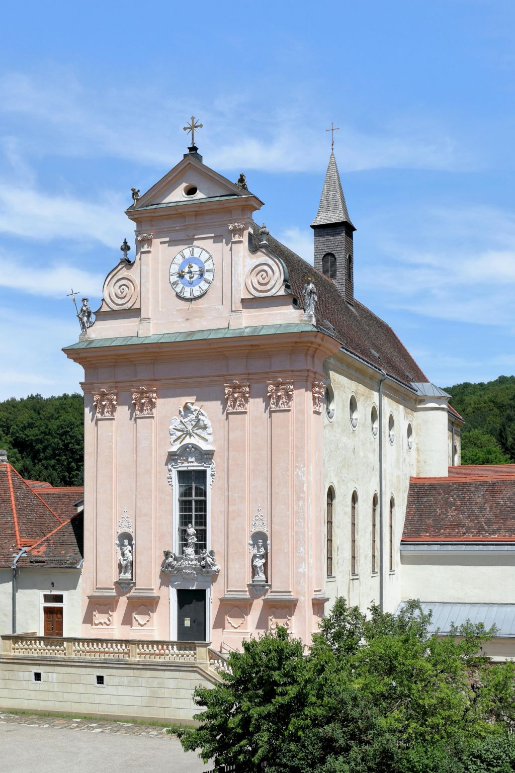 Klosterkirche der Kartause Mauerbach (c) BwagCC-BY-SA-4.0 (Schlosspark Mauerbach)