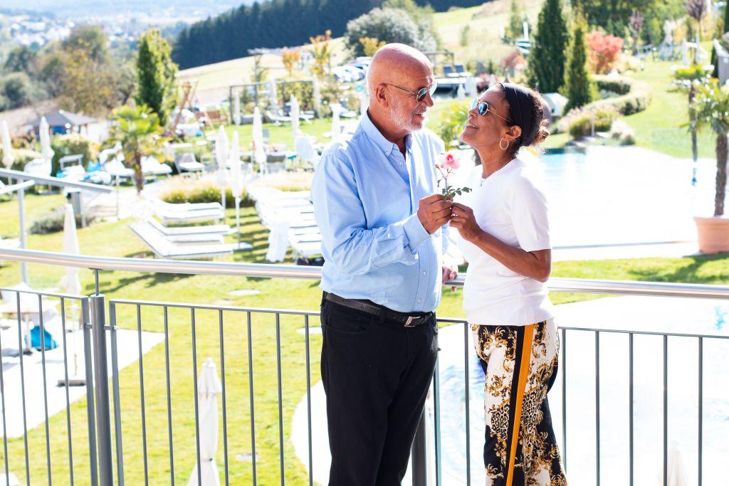 Otto Retzer und Frau Shirley genießen eine Auszeit (c) Hotel & Spa Larimar