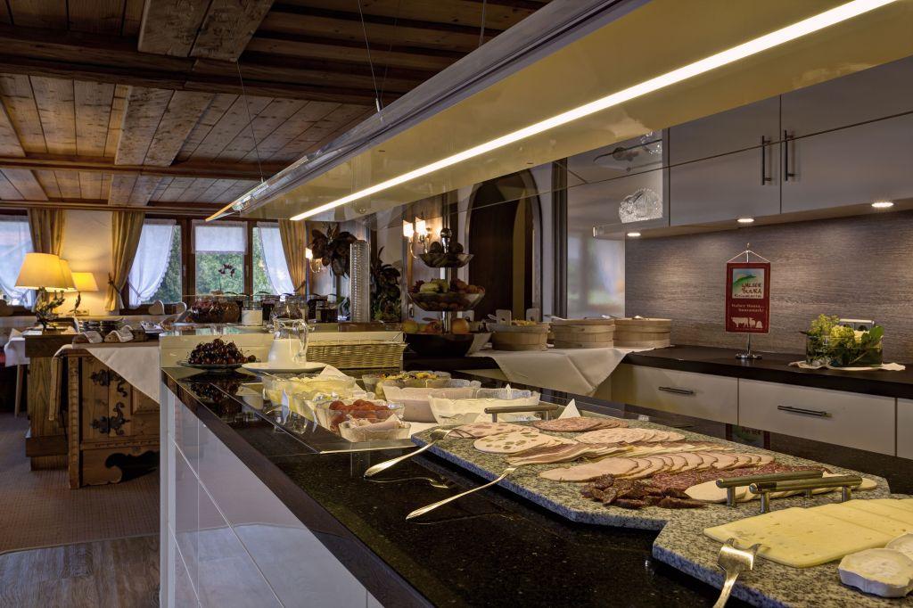 Reichhaltiges Frühstücksbuffet (Hotel Gemma - Kleinwalsertal Hotels)
