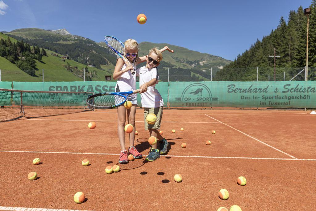 Tennisspaß für Kinder (TVB Tux-Finkenberg)