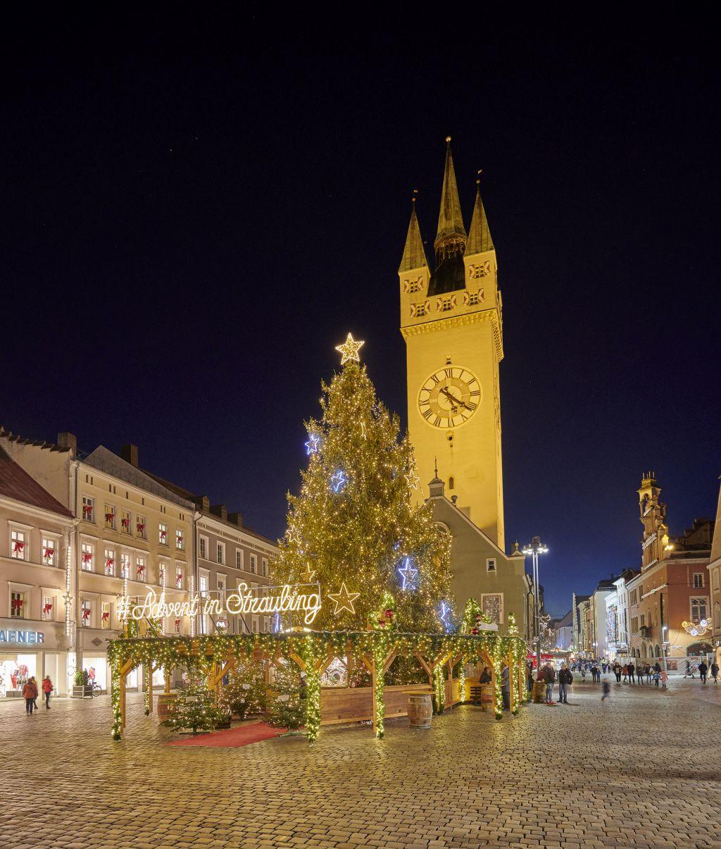 Weihnachtszeit in Straubing (c) Foto Bernhard (Hotel Asam)