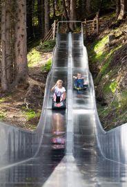 Die Wellenrutsche ist ein Spaß für jedes Kind (c) Wildkogel -Arena Neukirchen & Bramberg