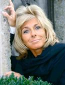 Geschäftsführerin Dr. Doris Schenkenfelder