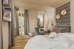 49er Zirben Family Suite im Alpina Zillertal (c)Jan Hanser mood photography