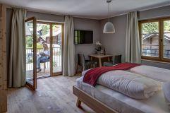 Apartment Almerhorn mit Balkon im Sommer (Alpengasthof Zollwirt)
