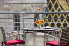 Aperitif genießen auf der Terrasse (Hotel am Stephansplatz)