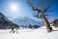 Atemberaubender Blick auf die Berge (c) Tom Bause (TVB Silberregion Karwendel)
