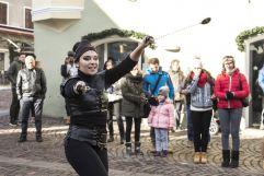 Aufführung in Klausen am Weihnachtsmarkt (Tourismusverein Klausen)