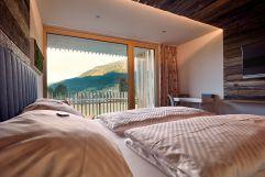 Aufwachen mit Panoramablick im Bergnäägele (c) Andy Mayr (Genuss & Aktivhotel Sonnenburg - Kleinwalsertal Hotels)