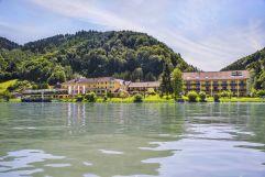 Außenansicht des Riverresorts Donauschlinge (c)PHOTO-GRAPHICS Hillinger-Perfahl OG (Riverresort Donauschlinge)