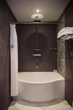 Badewanne im Zimmer (Hotel Espléndido)