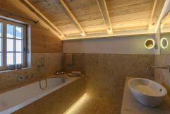 Badezimmer im Berghaus Gauertal (c) Patrick Säly (Montafoner Hof)