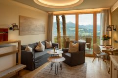 Belveder Panoramazimmer im Chalet Stil mit Holzboden (Alpin Panorama Hotel Hubertus)