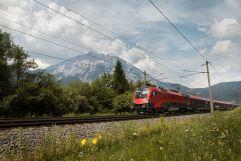 Bequeme Anreise mit der Bahn (c) Regina Recht  (TVB Silberregion Karwendel)