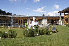 Beratungsteam im Bereich des Detox Treatments (Tirler-Dolomites Living Hotel)