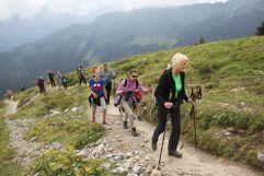 Bergwandern in der Gruppe (Hotel Gemma - Kleinwalsertal Hotels)