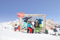 Bilderrahmenfoto mit der ganzen Familie (Wildkogel Arena)