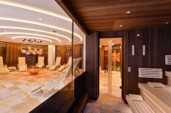 Bio Sauna und Ruheliegen im Royal Wellness Spa im Hotel Trofana Royal