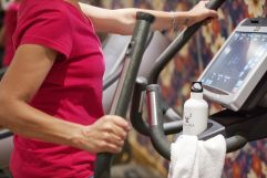 Cardiotraining mit modernsten Fitnessgeräten (c) Johanna Gunnberg (VALLUGA Hotel)