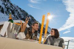 Champagnergenuss auf der Sonnenterrasse (c) Alexander Maria Lohmann (Alpen-Wellness Resort Hochfirst)