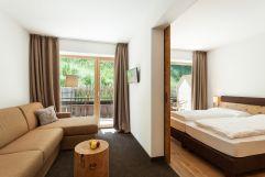Deluxe Familienzimmer mit großzügigen Räumlichkeiten (Naturhotel Rainer)