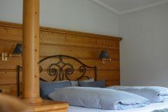Doppelbett des Kuschelzimmers (c) Aileen Melucci (Wellnesshotel Walserhof - Kleinwalsertal Hotels)