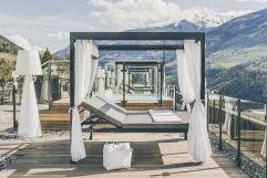 Doppelliegen auf Sonnenterrasse des Hotels (c) Tiberio Sorvillo) (Hotel Golserhof)