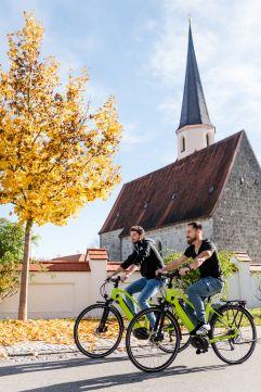 E-Bike-Tour bei Sonnenschein (c) Thomas Haberland (Hotel Traumschmiede und Gasthof zur alten Schmiede)