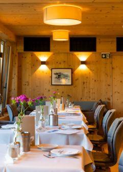 Edles Restaurant (c) Werner Krug (Genuss & Aktivhotel Sonnenburg - Kleinwalsertal Hotels)