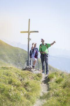 Ehepaar beim Wandern auf der Schwarzwand (c) Florian Bachmeier (Tourismusverband Rauris)