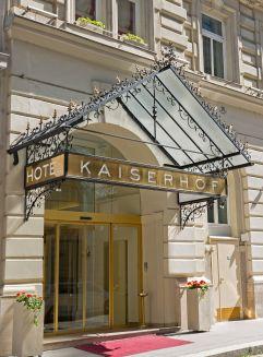 Eingang in den KAISERHOF (Hotel KAISERHOF Wien)