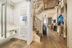 Eingangsbereich in der Baumhaus-Suite (c) Jan Hanser mood photography (alpina zillertal)