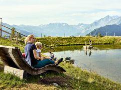 Entspannen am Speicherteich (c) MAYA Inspiranto (Tourismusverband Rauris)