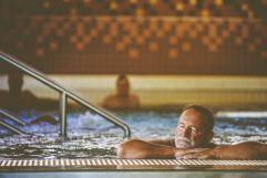 Entspannen im Becken (Bad Bük)