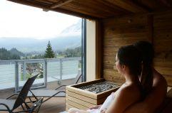 Entspannen in der Sauna mit Zugspitzblick (MyTirol)