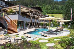 Entspannung pur am Naturpool Bergsee (c) Daniel Breuer (Wanderhotel Gassner)