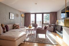 Executive Suite Deluxe mit herrlichem Ausblick (c) Dominik CINI (Hotel Zürserhof)