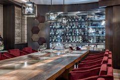 Exklusives private Dining mit Gourmetmenu in der neuen hauseigenen Vinothek Santé (Alpen-Wellness Resort Hochfirst)